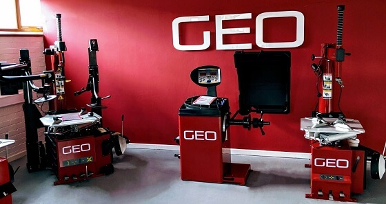 GEO's Tyre Machine Showroom