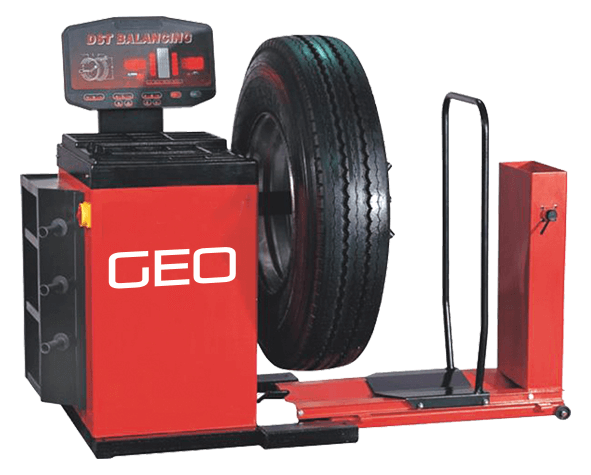 Commercial Vehicle Wheel Balancer